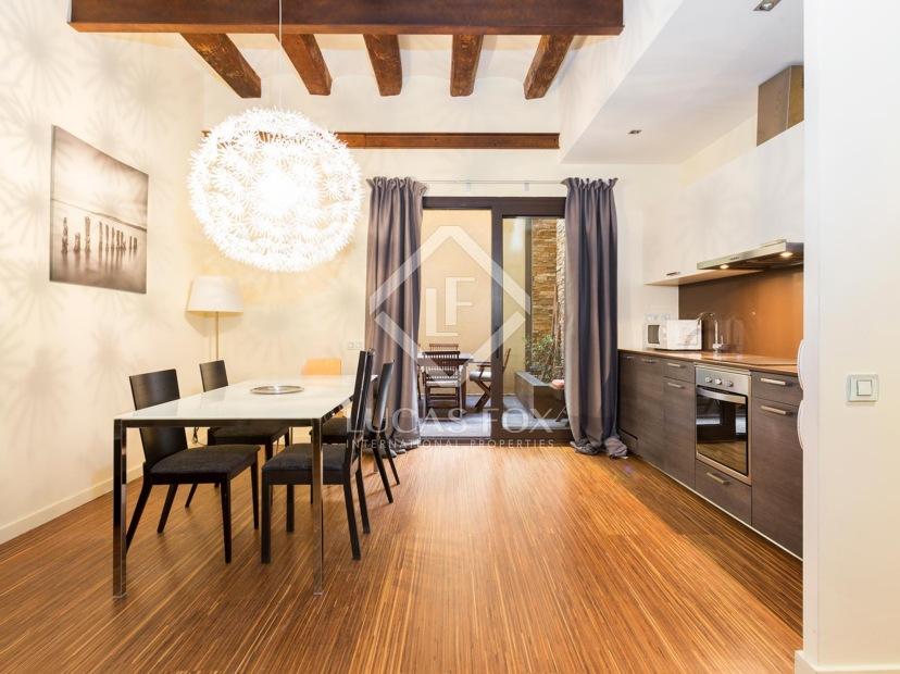 top 10 propiedades para invertir en el casco antiguo de barcelona. Black Bedroom Furniture Sets. Home Design Ideas