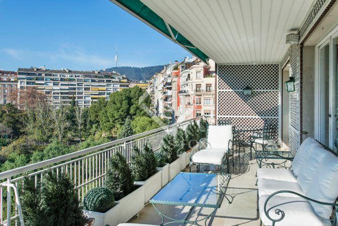 Apartments with terrace in barcelona lucas fox for Watch terrace house season 2